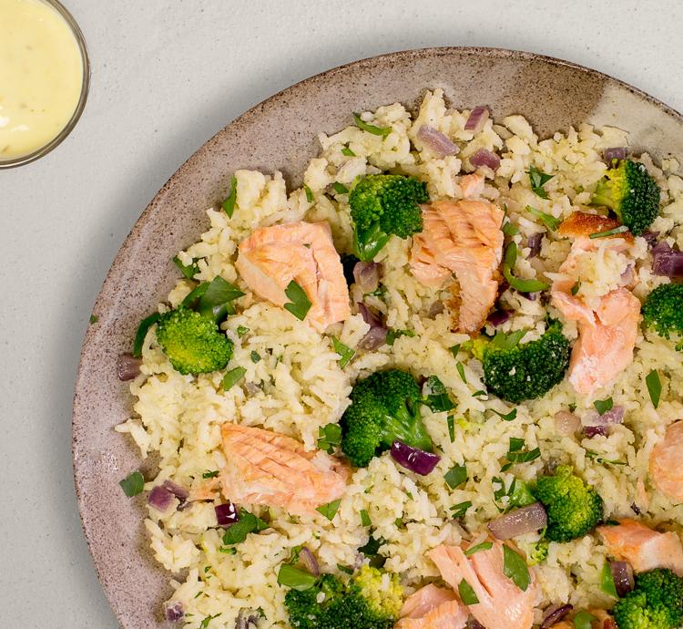 Lachs Reis Pfanne mit Brokkoli