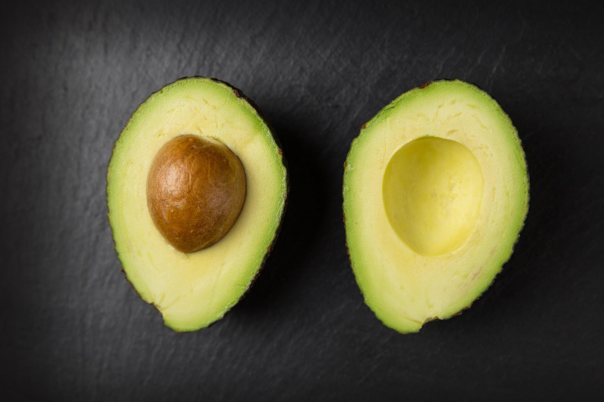 Avocado: reif für Guacamole