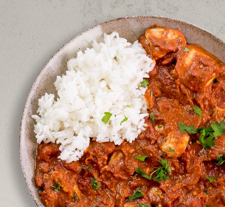 Indisches Tikka Masala mit Reis
