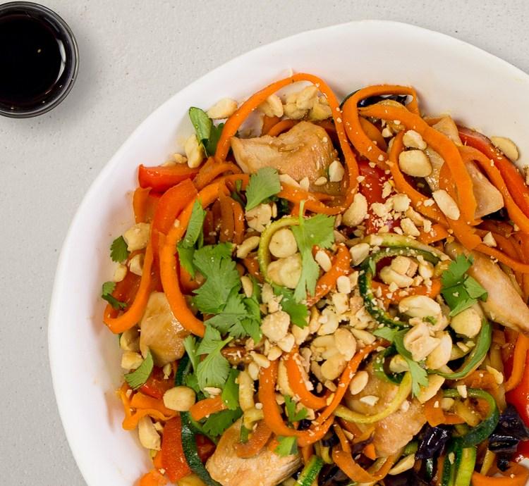 Pad Thai mit Zucchininudeln