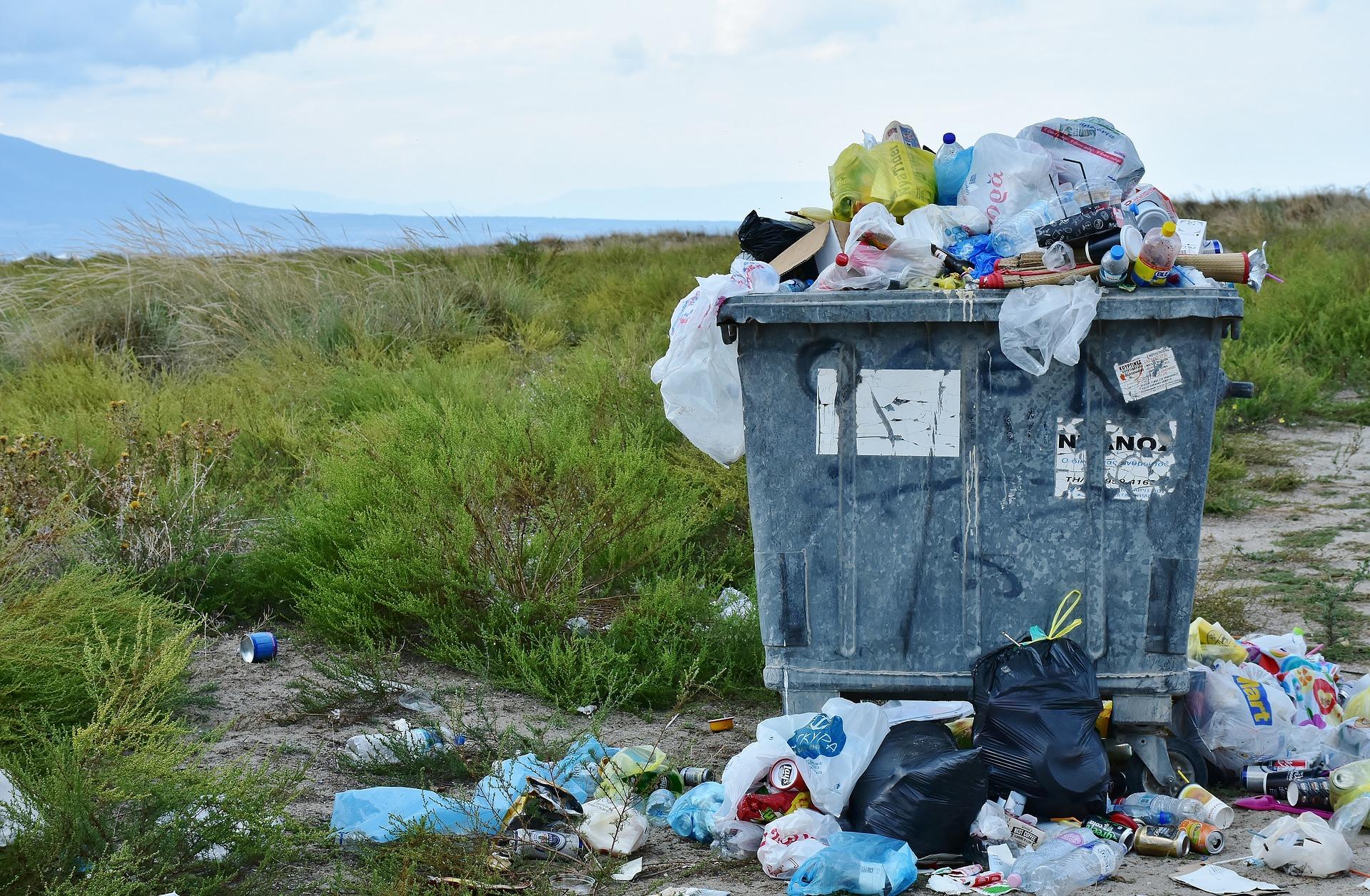 plastikfrei Einkaufen: Müllcontainer