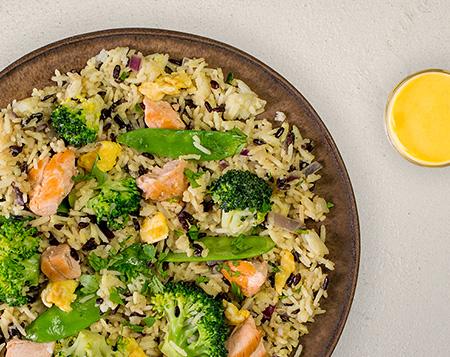 P12 Lachs Reis Pfanne mit Brokkoli