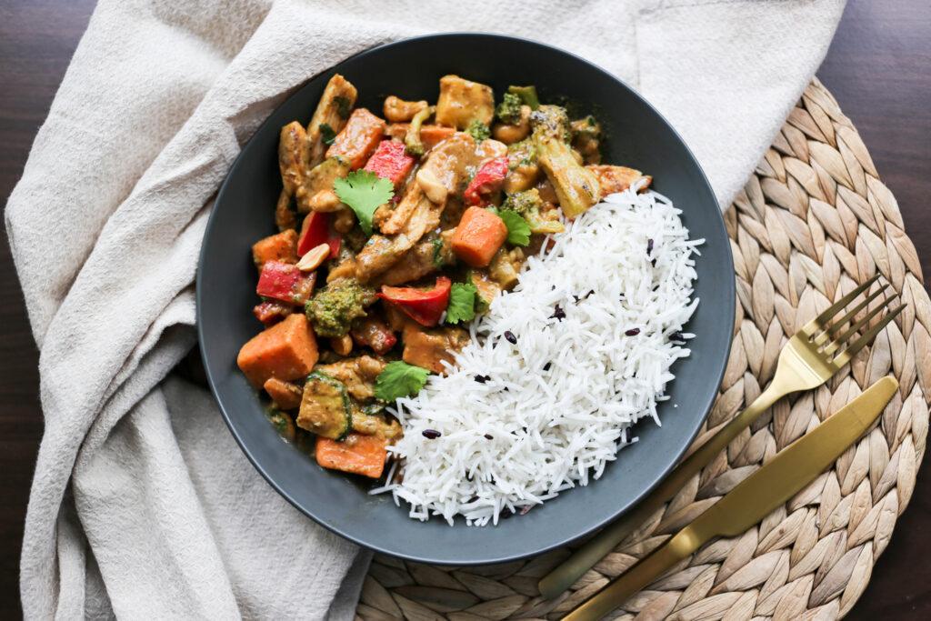 Die thailändische Küche bei taste&soul: Chicken Peanut Curry